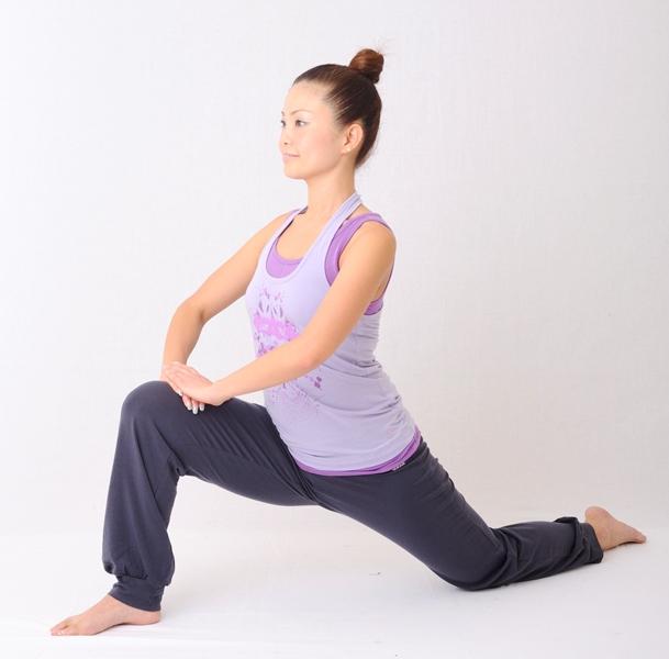 股関節ストレッチ~正しい姿勢・歩行のために~
