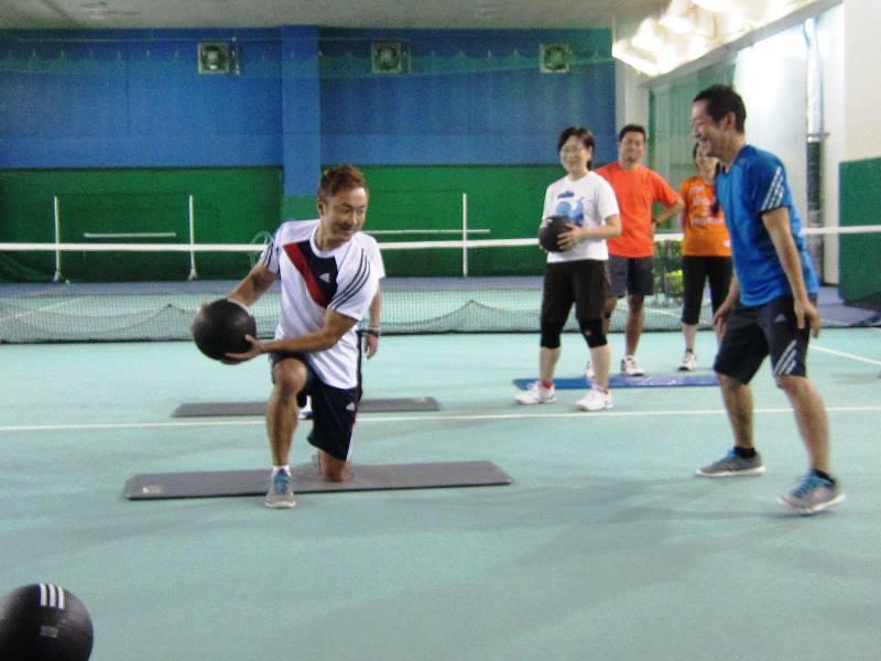 テニストレーニング
