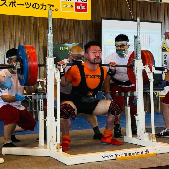 全日本パワーリフティング選手権大会2021に八須トレーナーが出場してきました!!01